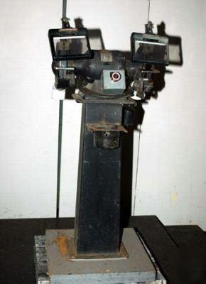 Milwaukee Heavy Duty Bench Grinder Model 5020