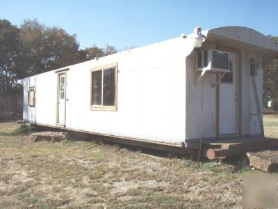 40 ft shipping container hunting bunkhouse deer cabin